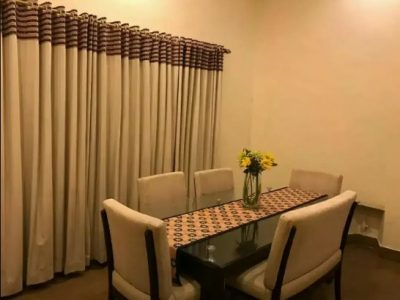 6seater glass top dinning table